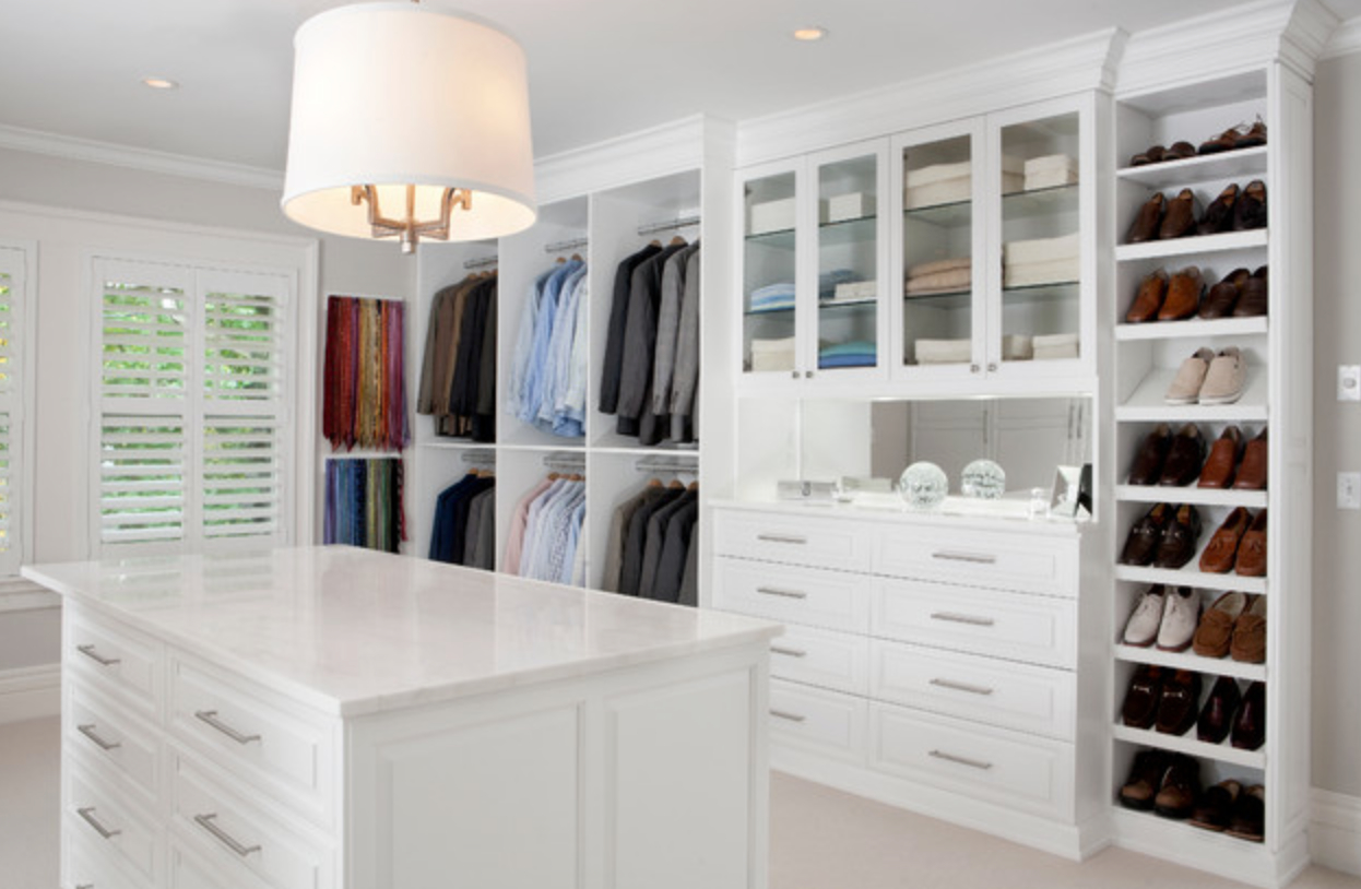 walk in closet v rg rdahus v stmanland. Black Bedroom Furniture Sets. Home Design Ideas