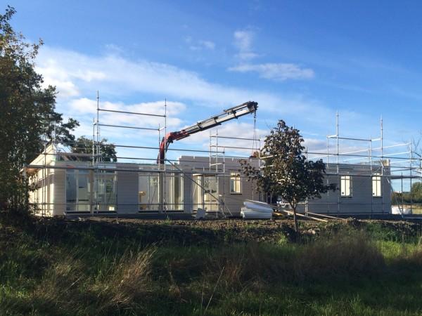 Snart står Barkarbys snyggaste villa på plats!